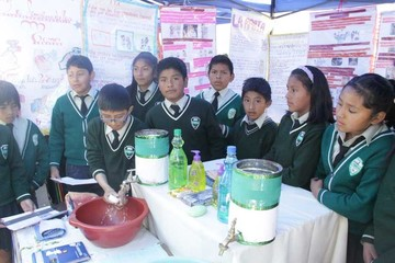 Promueven el lavado de manos en feria