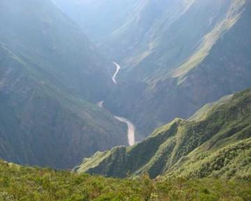 Buscan a 6 colombianos perdidos en Perú y Bolivia