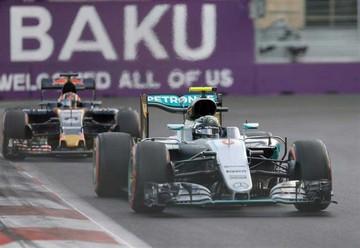 Rosberg partirá primero