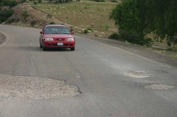 Viaje entre Sucre y Oruro se reducirá a cuatro horas