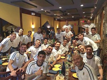 Argentina se relaja y Messi recibe un inédito homenaje