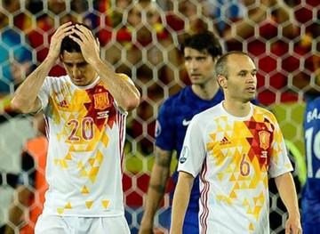 Croacia somete a España al segundo puesto