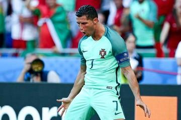 Eurocopa: Cristiano rescata a Portugal  y Zlatan se despide