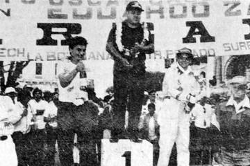 Víctor Uribe, ganador en medio del duelo