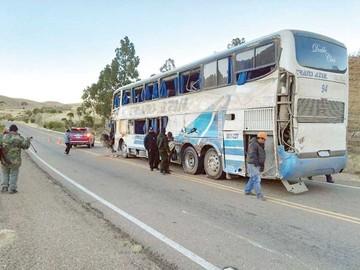 Sube a nueve cifra de muertos del accidente en Potosí