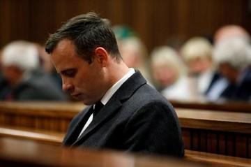 Pistorius es condenado a seis años de prisión por asesinato