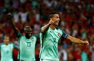 Ronaldo iguala a Platini en récord de goles