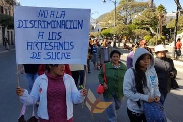 Alasitas: Artesanos de Sucre protestan por acuerdo entre gremiales y Alcaldía