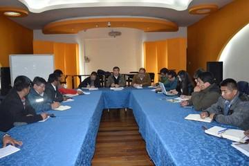 Gobierno y COB no logran acuerdo y cesan el diálogo
