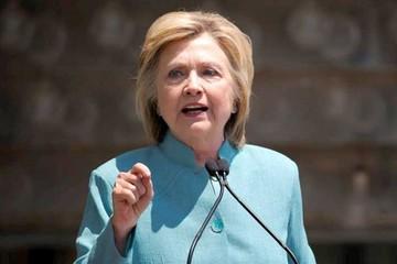 Piden juicio contra Clinton por perjurio