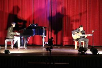 Jazz y más dúos de guitarras en el festival