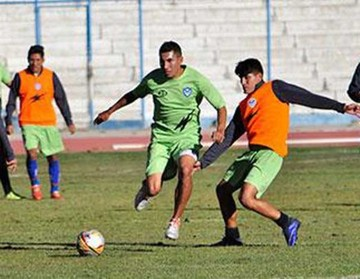 San José prepara un equipo defensivo para jugar en Sucre