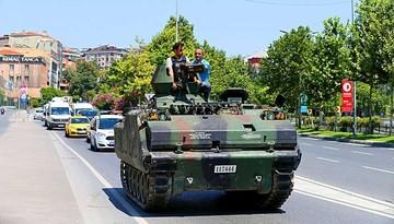 Gobierno turco anuncia el fin de intento de golpe