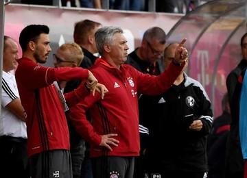 Bayern pasa susto en el estreno de Carlo Ancelotti