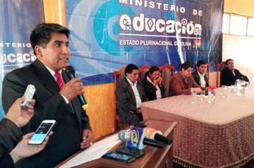 Humberto Tancara asume la Dirección Departamental de Educación en Chuquisaca