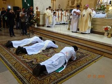 Tres nuevos diáconos fueron ordenados en la Catedral