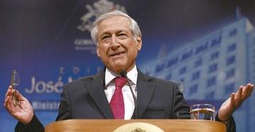 """Canciller de Chile califica de """"chiste"""" llamado a diálogo de Evo"""