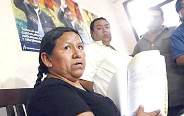 Achacollo es internada en una clínica y su abogado analiza pedir suspensión de audiencia