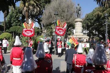 Alumnos recuerdan el natalicio de Zudáñez