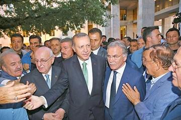 Turquía extiende represión a periodistas