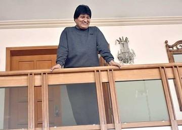Evo no asistirá a la posesión de  Kuczynski en Perú