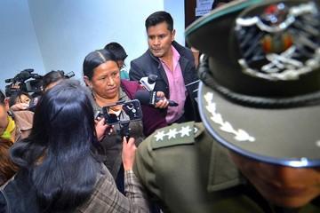 Defensa de Achacollo pide valoración forense para internarla por descompensación