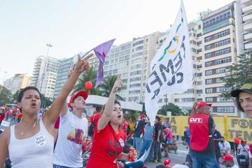 Aceleran el juicio a Dilma que aparece más solitaria