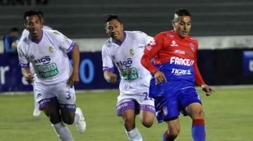 Universitario vence a Real Potosí en la Villa Imperial