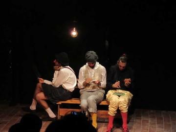 Teatreros uruguayos traen presentaciones y talleres
