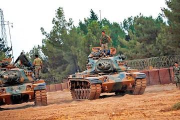 Turquía invade Siria para expulsar a los yihadistas