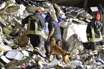 Precisan que 241 personas murieron tras terremoto en el centro de Italia