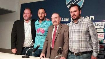 Prieto firma para Bolívar