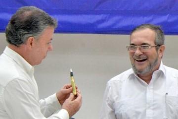 FARC: Líder declarará hoy el alto el fuego definitivo