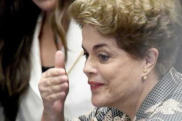 """Rousseff insiste en que es víctima de una acusación """"injusta"""""""