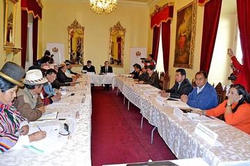 Autonomías: Consejo aprobará  reglamento y no redistribución