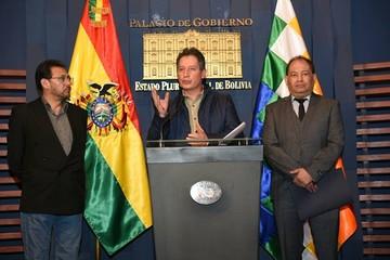 Gobierno anuncia reversión de concesiones mineras y prohíbe uso de explosivos en protestas