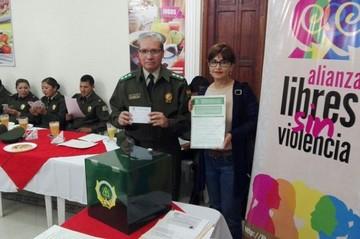 Centro Juana Azurduy entrega información a la FELCV para proteger a la mujer