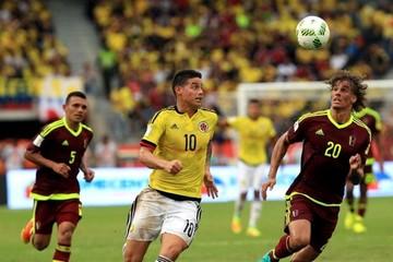Colombia se deshace de Venezuela con un James Rodríguez como figura