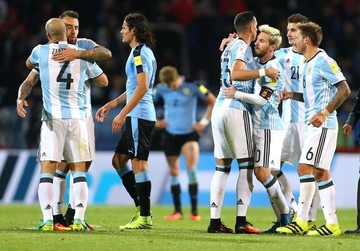 Un Messi inspirado le da el triunfo a Argentina ante Uruguay