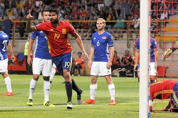 España arrolla, Bale golea e Italia gana