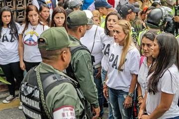 Venezuela: La oposición insiste en el revocatorio