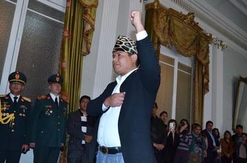 Ex embajador de Bolivia se refugia en Chile y acusa a Evo Morales