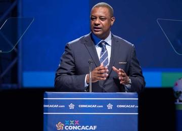 La FIFA suspende a Webb