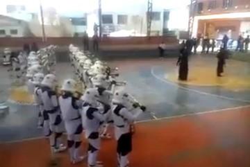 Video de estudiantes de una banda con uniformes de Star Wars se viraliza