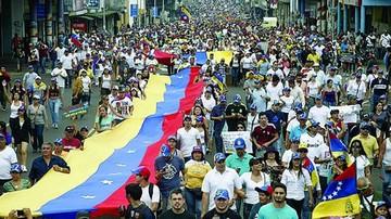 Convocan a una nueva protesta contra Maduro