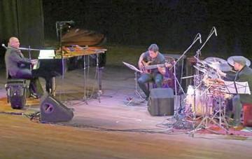 Danilo Rojas lució la gran talla del jazz boliviano