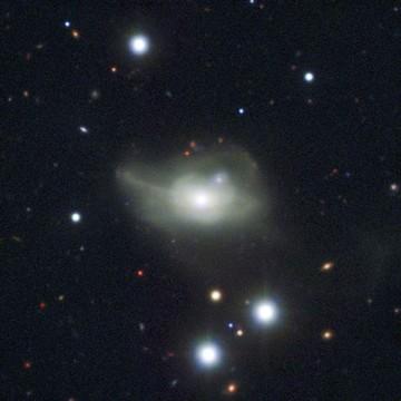 Descubierto un agujero negro supermasivo