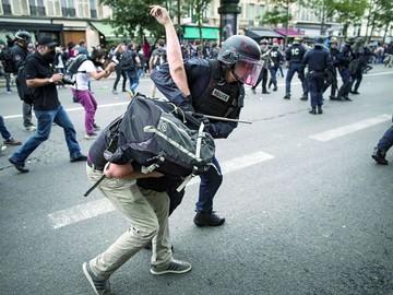 Disturbios en Francia contra una reforma de Hollande