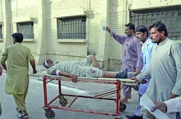 Pakistán: 24 muertos en atentado suicida