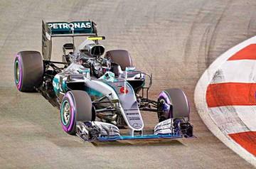 F1: Rosberg mete presión al líder  en Singapur